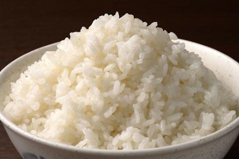 Petua dan tips agar nasi tak mudah basi.