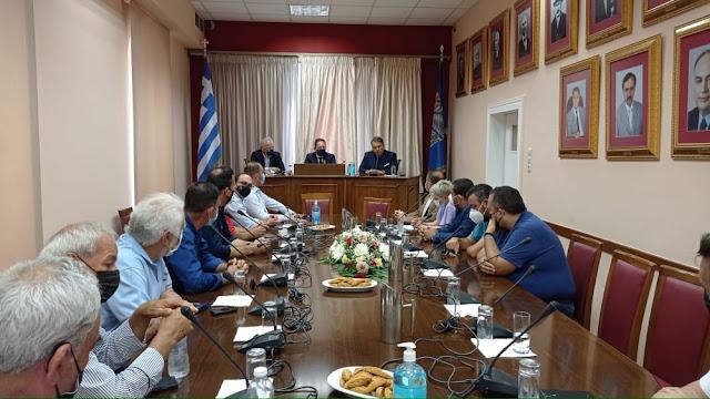 Τι συζητήθηκε στην σύσκεψη Πέτσα - Καμπόσου στο Άργος (βίντεο)