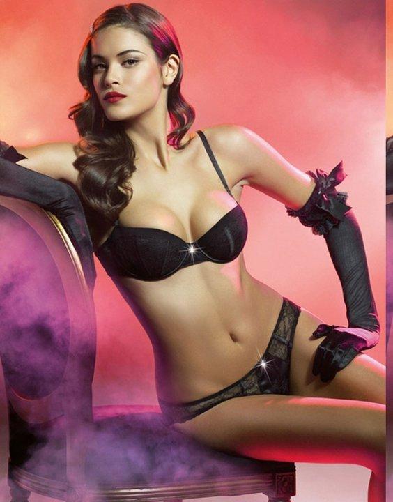 Jenna Pietersen in black lingerie, Jenna Pietersen in bikini, Jenna Pietersen hottest pics