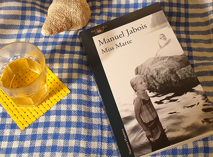 Manuel Jabois nos ofrece un ejercicio narrativo exquisito