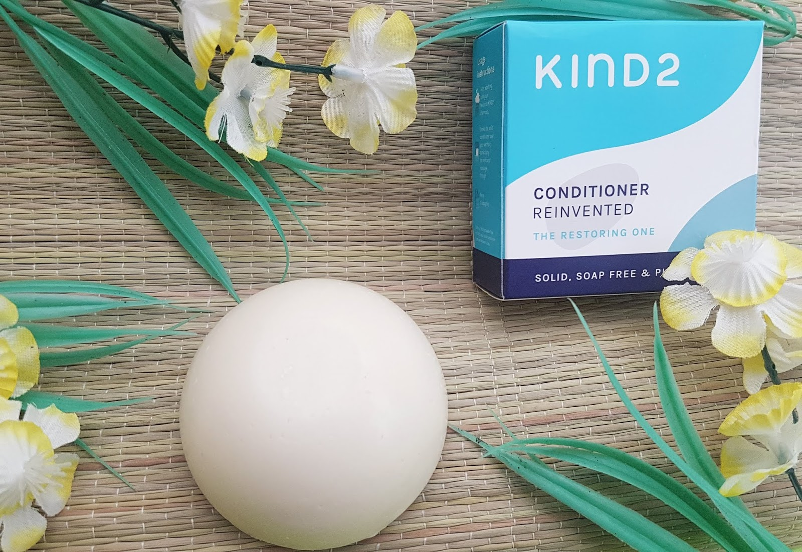 The Natural Beauty Box - Kind2 Conditioner Bar Review