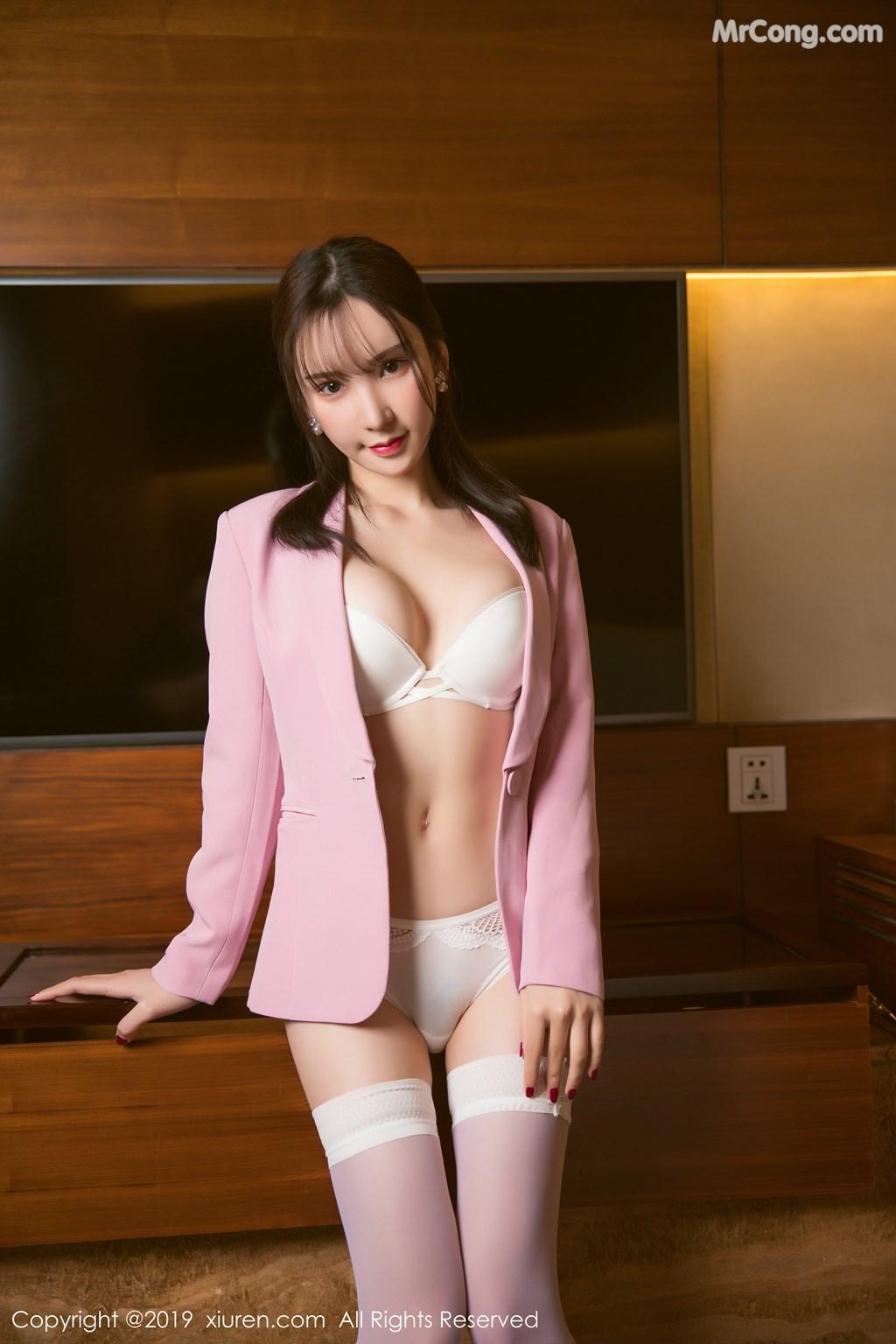 Image XIUREN-No.1391-Zhou-Yuxi-Sandy-MrCong.com-024 in post XIUREN No.1391: Zhou Yuxi (周于希Sandy) (51 ảnh)
