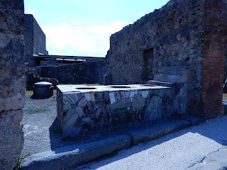 ポンペイ遺跡のかまど跡
