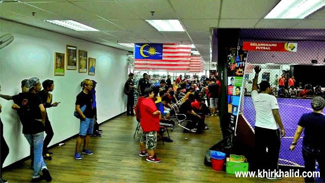 Futsal Jemputan di UTC Pudu Central, Kuala Lumpur
