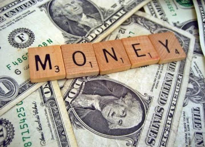 Sadarlah Apa Kebahagiaan Sejati Itu, Tidak terletak pada uang dan kesuksesan