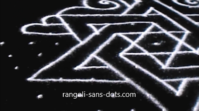 Sangu-kolam-with-dots-1211ai.jpg