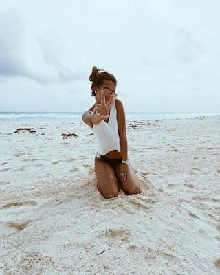 Foto tumblr en la playa sola