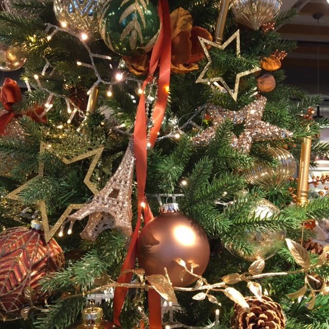 kerstboom in brons met goud