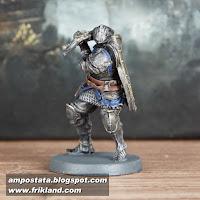 http://ampostata.blogspot.com.es/2017/10/heroes-de-darksouls.html