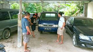 Polisi Gerbek Bengkel Penadah Kendaraan R4 di Loteng, Satu BB Diamankan