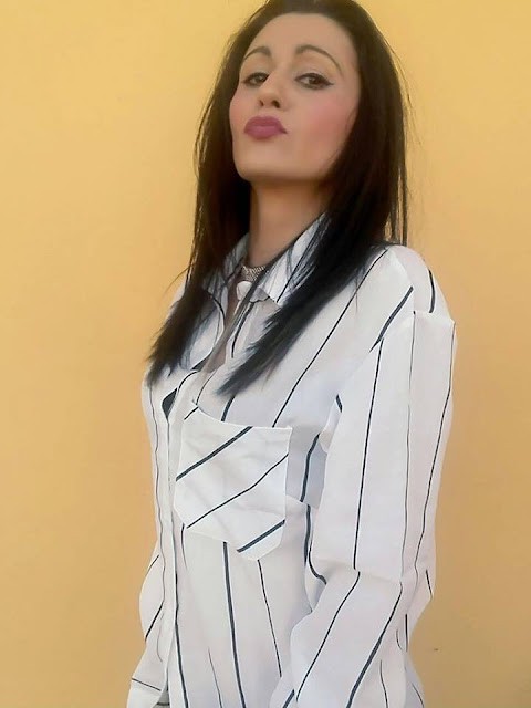 https://www.zaful.com/button-up-striped-longline-pocket-shirt-p_406099.html?lkid=12751451