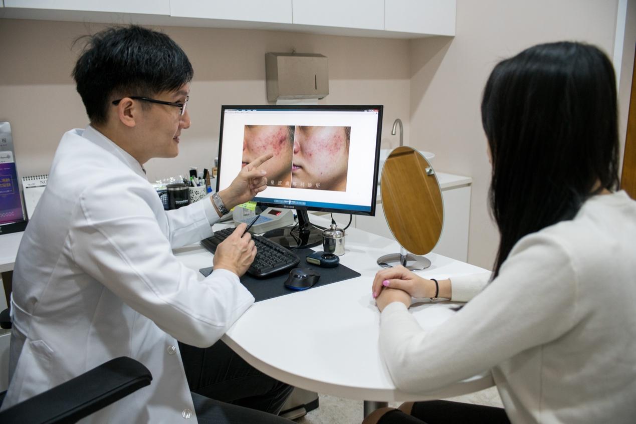 楊醫師介紹痘疤簡單的可分為三種類型,不同痘疤有不同的治療方式,清楚了解自身肌膚問題,才能選擇適合療程,讓治療快速又有效。
