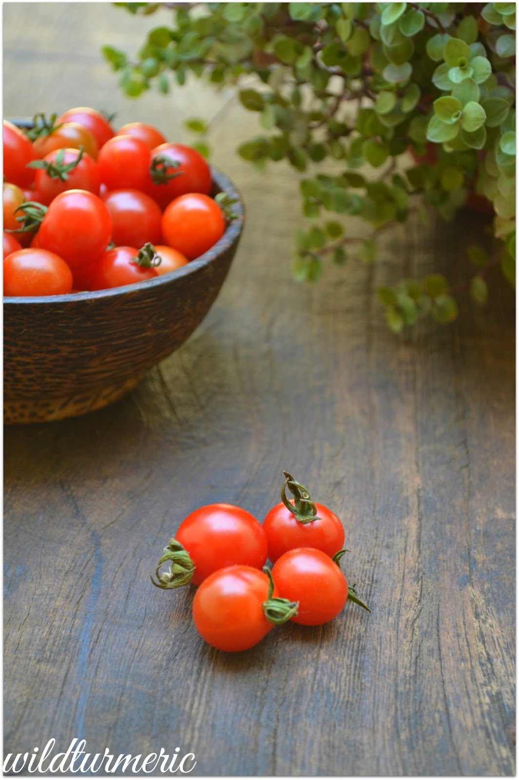 10 Top Skin & Health Benefits, Nutrition Of Eating Tomatoes & Applying On Face Everyday