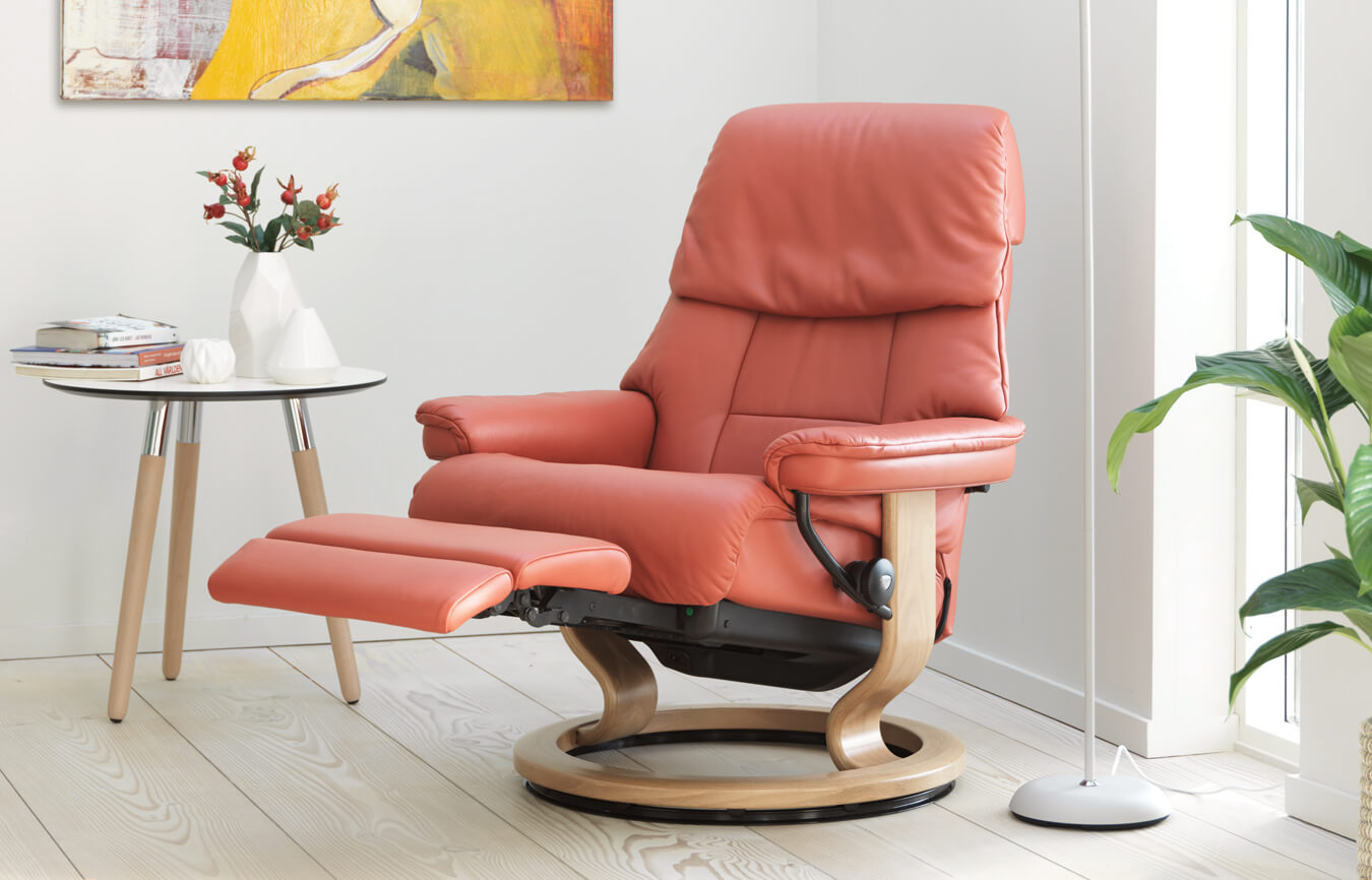 Stressless Ruby 10 Recliners You Ll Love Welcoming To Your Home Simply Sofas