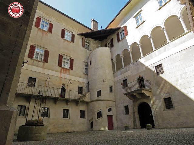 Castel di Thun, Italia