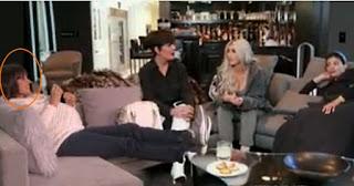 Ellen DeGeneres revela la identidad del vientre de alquiler de Kim Kardashian.