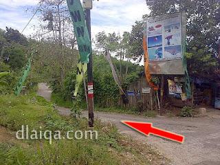 jalan masuk ke Pantai Mutun (2)