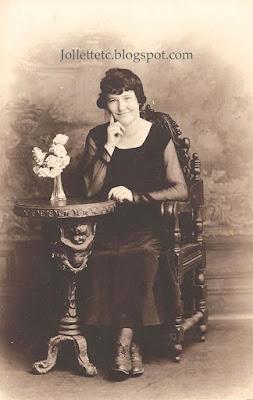 Violetta Davis about 1920 https://jollettetc.blogspot.com