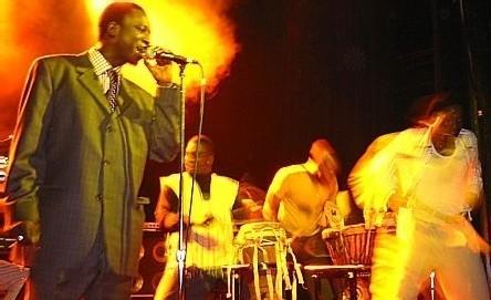 Musique, artiste, chanteur, rappeur, danse, mbalax, Thione Seck, divertissement, loisir, Dakar, Sénégal, Afrique