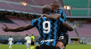 ملخص واهداف مباراة انتر ميلان وساسولو (2-1) الدوري الايطالي