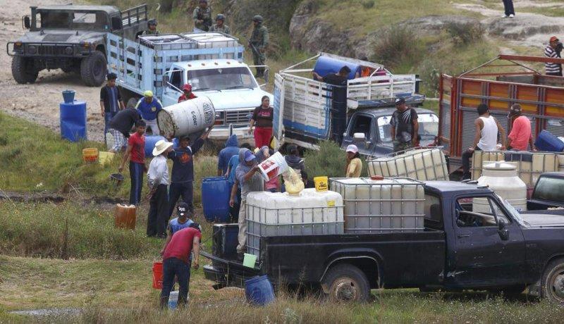 """En el gobierno de EPN creció el """"huachicoleo"""", cerrará con 7,590 ductos perforados."""