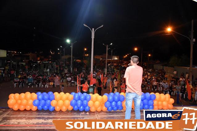 Reunião na Praça da Zita consagra vitória de Alex 77 em Rosário Oeste
