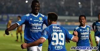 Gomez Senang dengan Penampilan Duet Ezechiel-Bauman di Lini Depan Persib Bandung