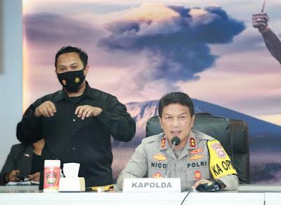 Polda Jatim Bongkar Pembuat dan Pengedar Scampage/ Website Palsu Mencairkan Dana PUA Warga AS