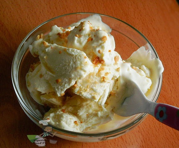 Ice Cream Without an Ice Cream Maker, vanilla ice cream without an icecream maker, homemade ice cream, make ice cream at home, IceCream Without an IceCream Maker