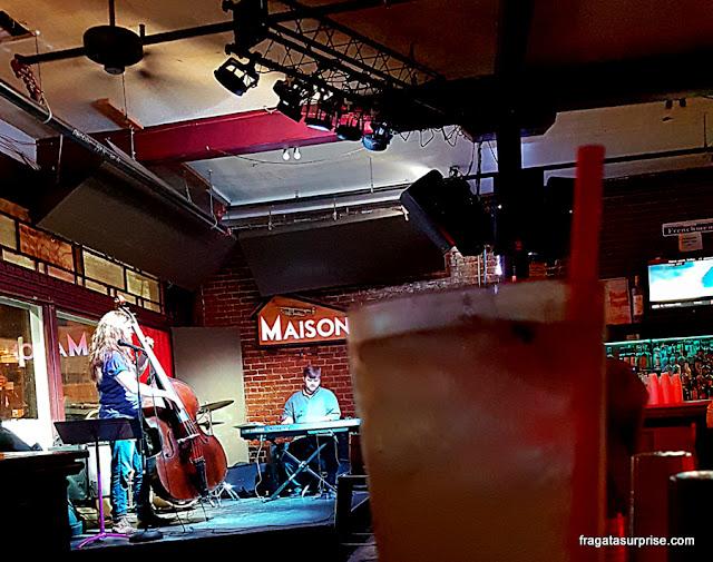 Música ao vivo na Frenchmen Street, em Nova Orleans