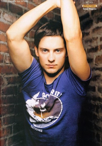 Tobey Maguire Hairstyle Men Hairstyles Men Hair Styles