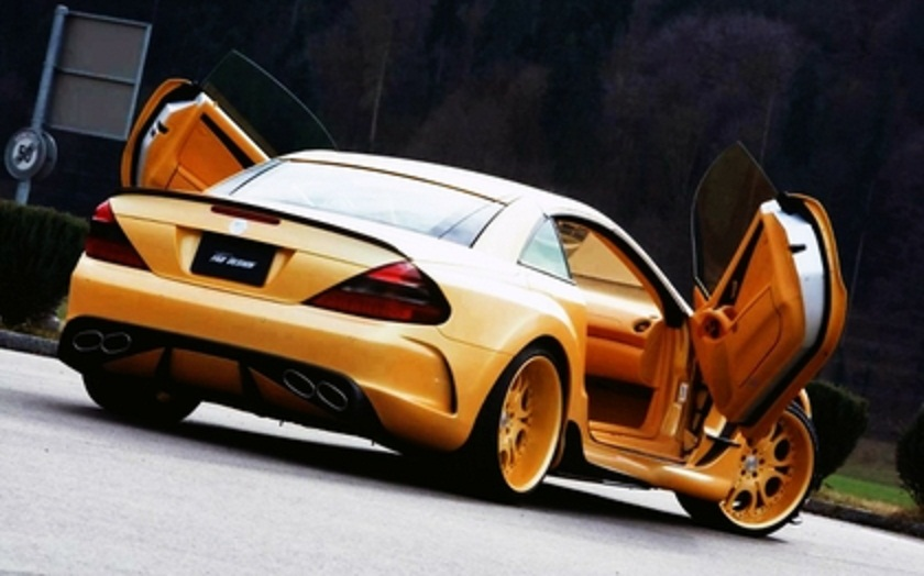 Group Of Mercedes Modified Cars Wallpapers
