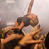 'Perfect Illusion' debuta en dos charts de la revista 'Billboard'