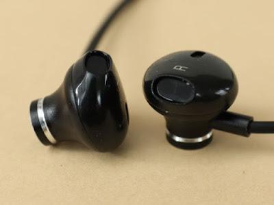 イヤホン Bluetooth, FunCee 進化版 IPX5完全防水 ブルートゥース イヤホン Hi-Fi 高音質 低音重視 8.5時間連続再生 対応 マグネット搭載 スポーツ用ワイヤレスイヤホン マイク内蔵 ハンズフリー通話 CVC6.0 ノイズキャンセリング搭載 iPhone、iPod、Andriod用