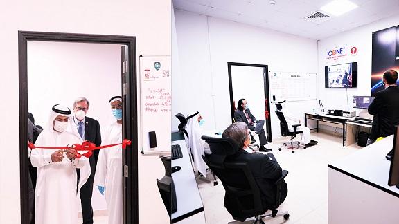 افتتاح محطة أرضية لتتبع القمر الاصطناعي الذي أنشأه طلاب من الجامعة الأمريكية في رأس الخيمة