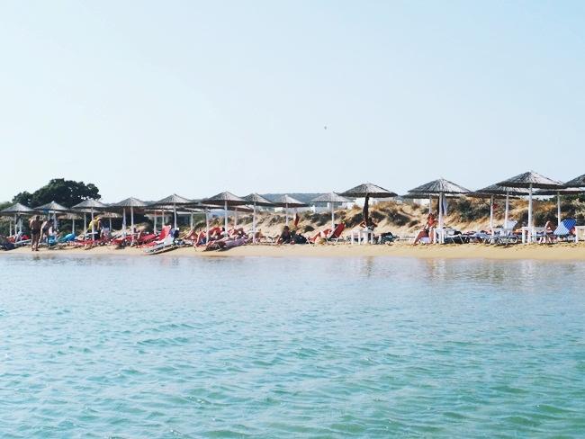 Παραλία Μικρή Σάντα Μαρία Πάρος