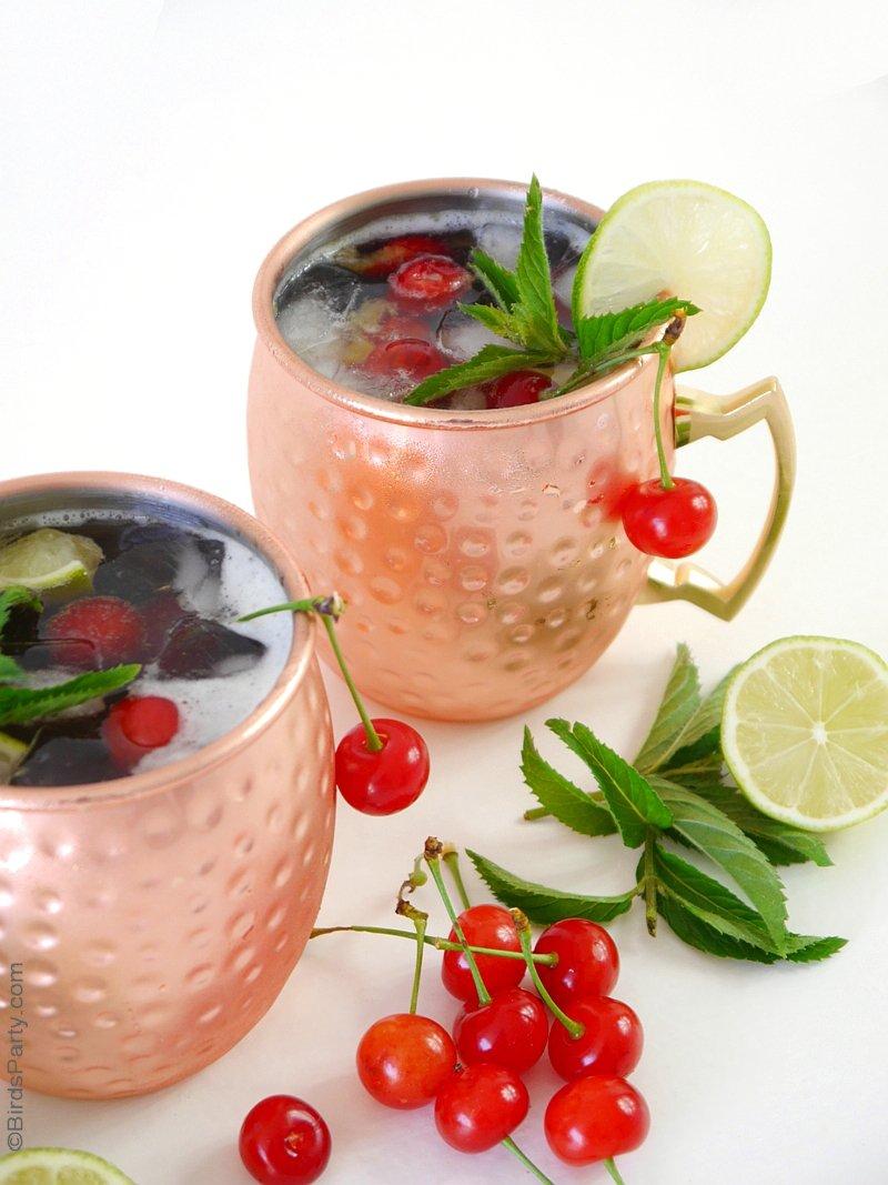 Recette Cocktail Cherry Moscow Mule - une boisson estivale, facile à faire pour une soirée apéro. Avec des saveurs de Kirsch et Bière au Gingembre. by BirdsParty.fr @BirdsParty