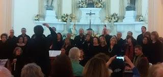 Projeto Música na Matriz de Teresópolis :Público aplaude o talento e a sonoridade do Coro Jovem da UFF e do Grupo de Flautas