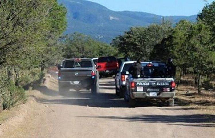 Abandonan a tres ejecutados apilados en Moris, Chihuahua