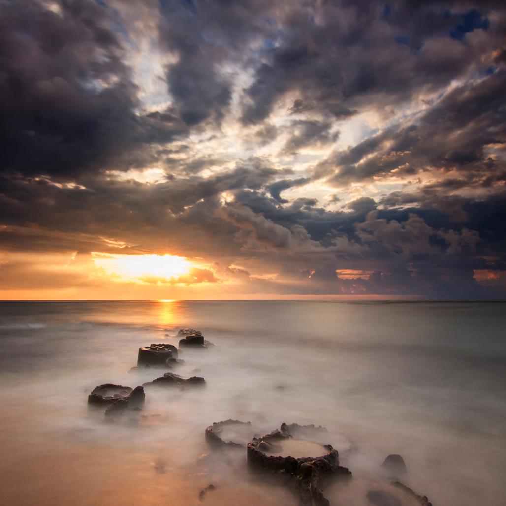 Foto pantai yang indah dan ekstrem