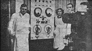 """Filek y su camarilla presentando su """"invento"""" a la prensa"""