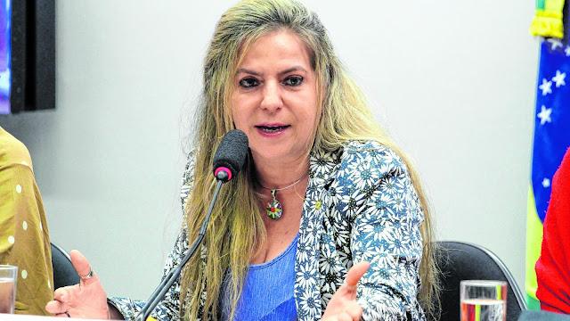 Com Luizianne como pré-candidata em Fortaleza, PT busca alianças