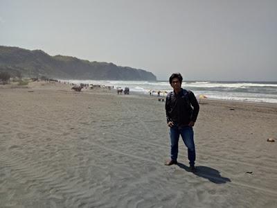 Paket Wisata Jogja dari Kediri (Pantai Parangtritis)