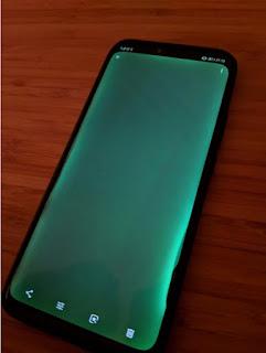 huawei-mate-20-pro-green-screen-700x933