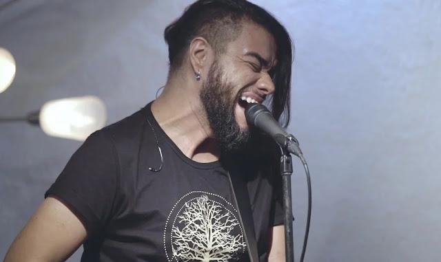 Mauro Henrique lança releitura música, com grupo Scatalove