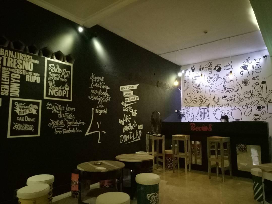 BECOS CAFÉ, Cafe Ala Santri Berjan
