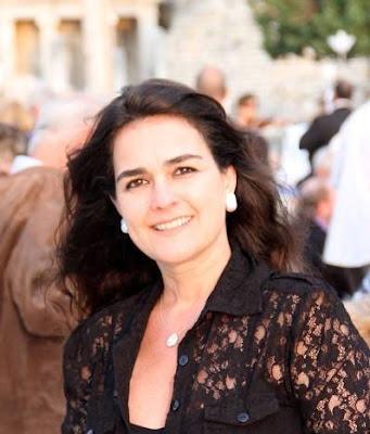 Artista Simone Kestelman une força para apoiar a pesquisa e o tratamento do câncer