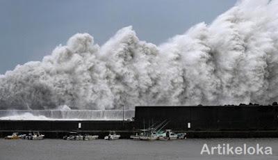 Angin topan di Jepang