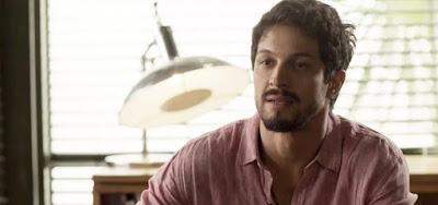 Marcos leva susto ao ver o ex de Paloma: 'Não estava morto?' em Bom Sucesso