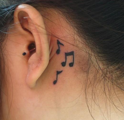 tatuajes pequeños para mujeres, elegantes y originales